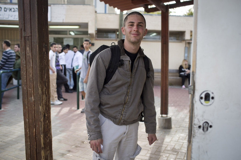Natan Blanc walks into Tel Ha'Shomer military base near Tel Aviv, where he refused once again to serve in the Israeli army, 2.april 13